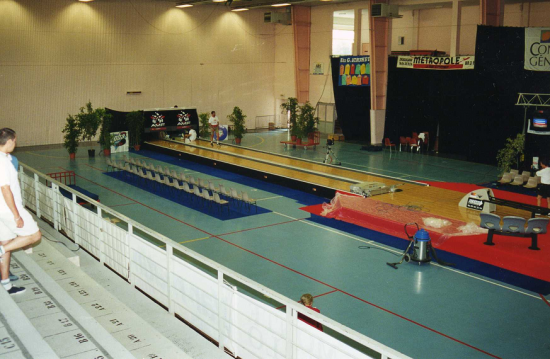 arena-2000-png.png